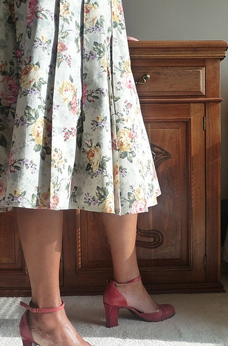 Pleated Floral Print Skirt - plus size