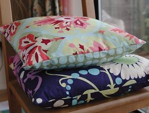 tutorial an envelope back cushion cover gone to earth. Black Bedroom Furniture Sets. Home Design Ideas
