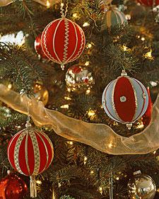 Ft_ornament22_l