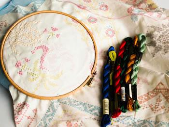 LouLouThi Needleworks